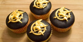Mockingjay-Cupcakes-Video
