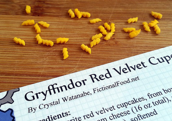 Harry-Potter-Gryffindor-Cupcakes3